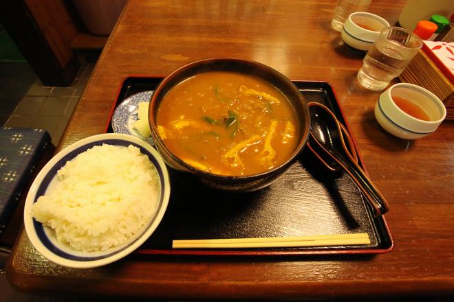 日の出うどん 特カレーうどん+ライス(小)